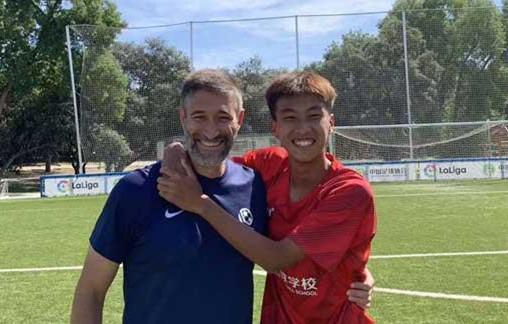 晋江足球小将何鑫杰入选U19国青队,听听他的故事……